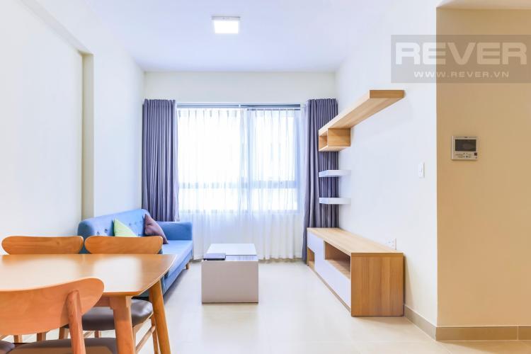 Không gian phòng khách thoáng đãng Căn hộ Masteri Thảo Điền tầng cao T4B 2 phòng ngủ nội thất đầy đủ
