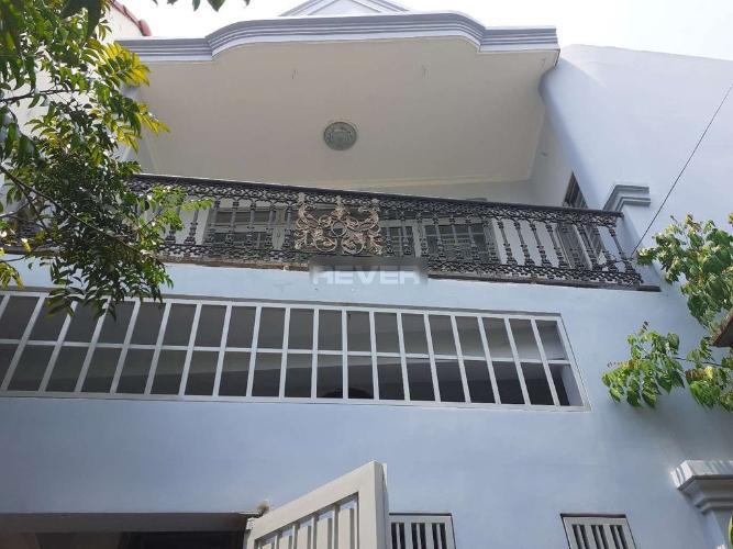 Mặt tiền nhà Phước Long B Quận 9 Nhà đường số 185 Phước Long B, 2 mặt tiền 51m2.