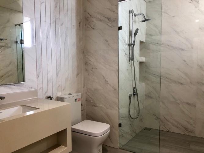 Nhà tắm căn hộ Phú Mỹ Hưng Midtown Cho thuê căn hộ Phú Mỹ Hưng Midtown tầng trung, ban công thoáng mát.