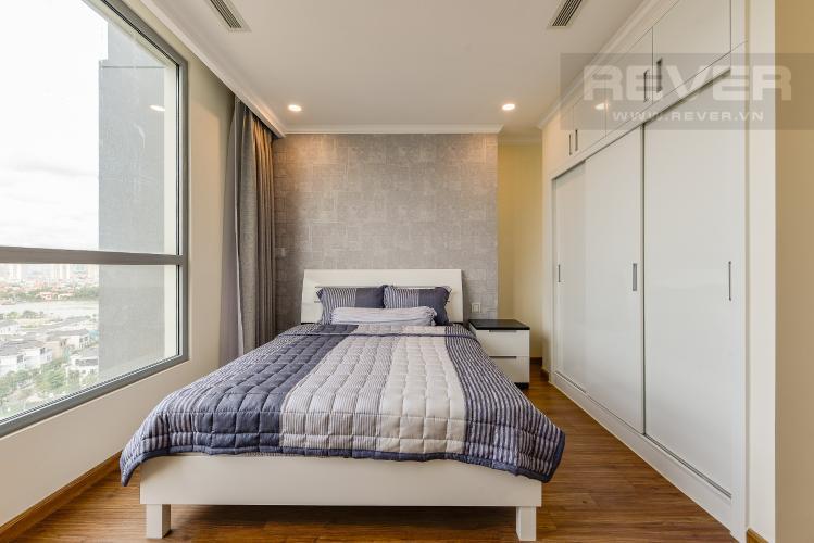 Phòng ngủ 2 Căn hộ Vinhomes Central Park tầng trung, tòa Landmark 6, 4 phòng ngủ, full nội thất