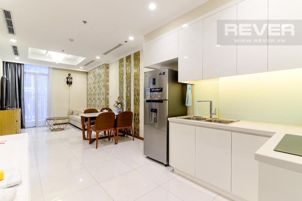 Khu vực bếp Cho thuê căn hộ Vinhomes Central Park 1PN, tháp Landmark 5, đầy đủ nội thất, view Pearl Plaza