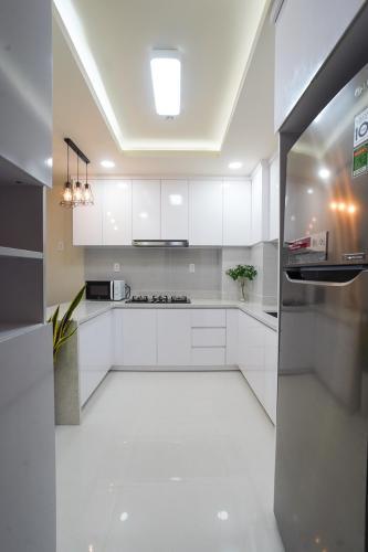 Bếp Saigon South Residence  Căn hộ Saigon South Residence tầng cao, đầy đủ nội thất.