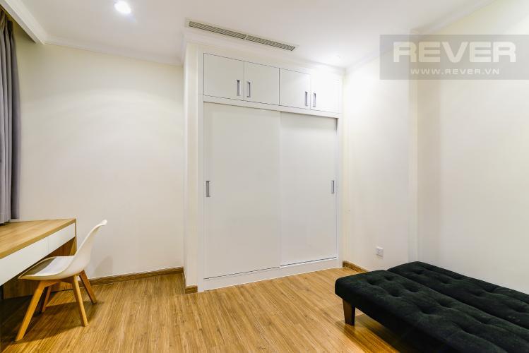 Phòng Ngủ 3 Căn hộ Vinhomes Central Park tầng cao tòa Landmark 1, 3 phòng ngủ view sông