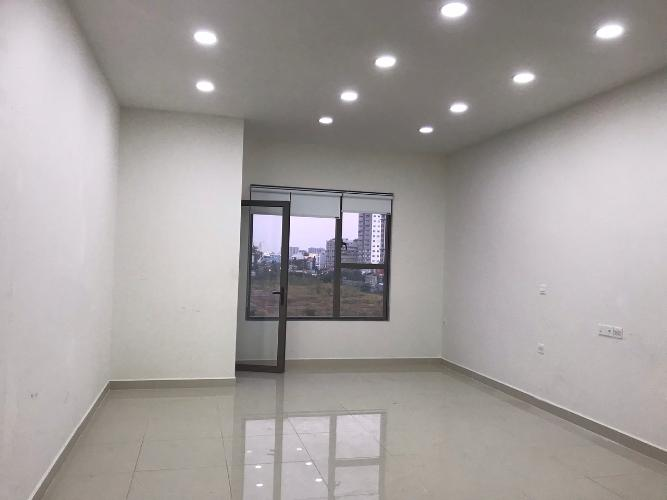 Office-tel Sunrise Cityview tầng thấp, ban công hướng Bắc.