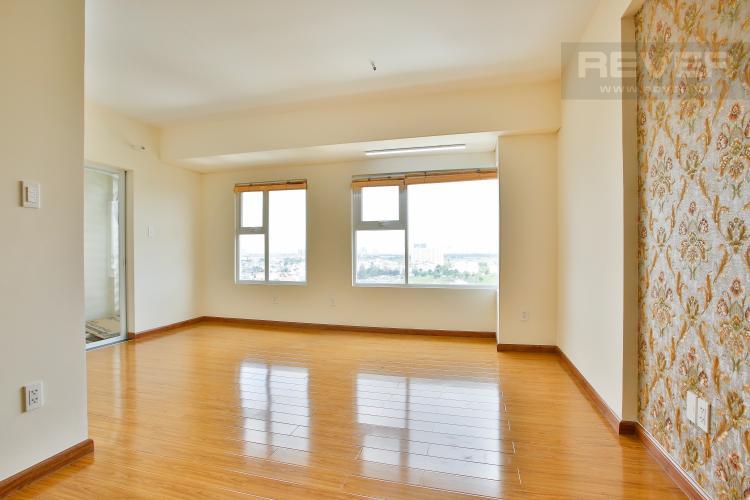 Phòng Khách Căn hộ Flora Fuji tầng trung diện tích 56m2 gồm 1 phòng ngủ, nội thất trống rỗng
