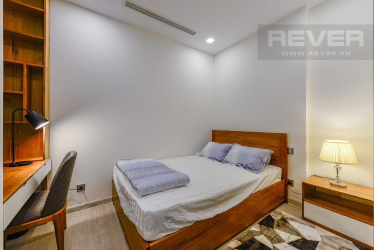 Phòng ngủ 2 Officetel Vinhomes Golden River 2 phòng ngủ tầng trung A3 view sông