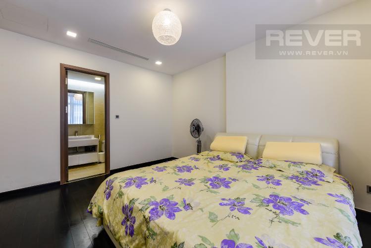 Phòng ngủ 1 Căn hộ Vinhomes Central Park 3 phòng ngủ tầng cao P3 full nội thất