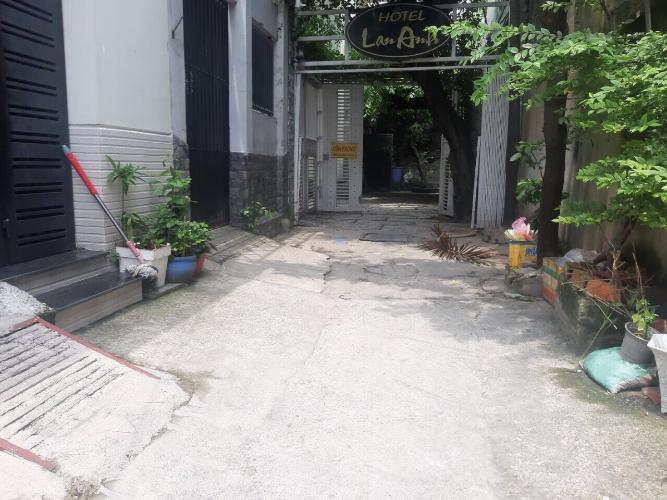 Hẻm nhà phố đường Lê Đức Thọ, Gò Vấp Nhà phố hướng Bắc diện tích đất 75.4m2, hẻm xe hơi.