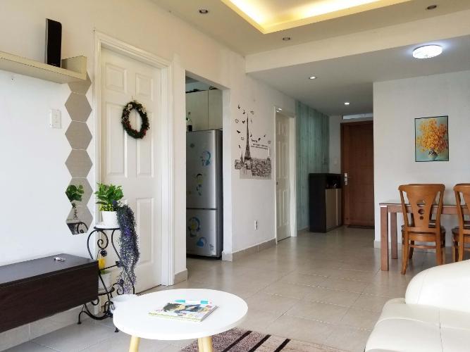 Phòng khách căn hộ Ehome 3 Căn hộ Ehome 3 đầy đủ nội thất tiện nghi, ban công hướng Nam.