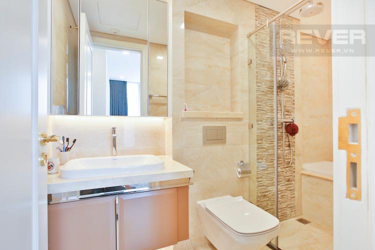 Toilet 1 Căn hộ Vinhomes Golden River 2 phòng ngủ tầng cao A4 view sông