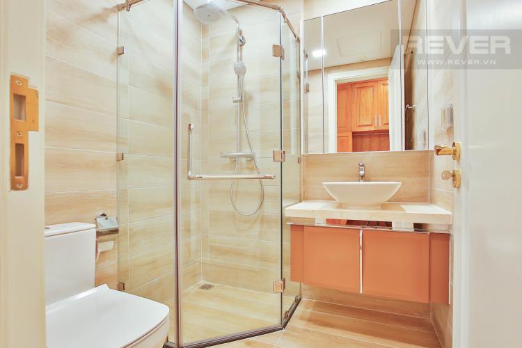 Toilet 2 Căn hộ Vinhomes Golden River 3 phòng ngủ tầng cao A4 view sông