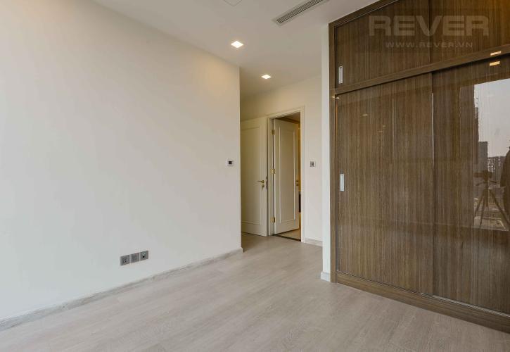 Phòng Ngủ 2 Bán căn hộ Vinhomes Golden River 74m2 2PN 2WC, nội thất cơ bản, view sông