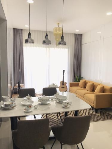 Bán căn hộ tầng trung - The Sun Avenue, 3 phòng ngủ, diện tích 89.9m2, đầy đủ nội thất.