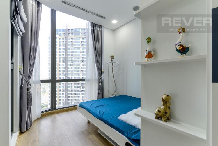 ce4bdac455c7b399ead6 Cho thuê căn hộ Vinhomes Central Park 2PN, tháp Landmark 81, đầy đủ nội thất, hướng Đông Nam, view hồ bơi