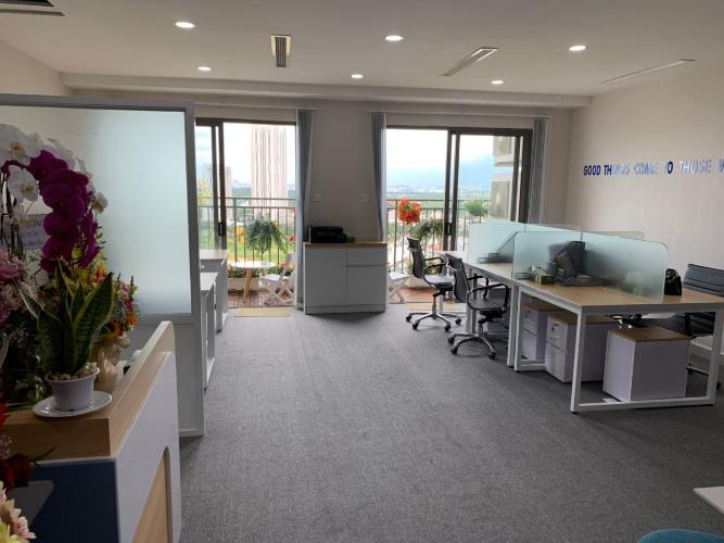 Cho thuê officetel The Sun Avenue, diện tích 51.2m2 - 1 phòng ngủ, nội thất cơ bản, tầng cao, view thoáng.