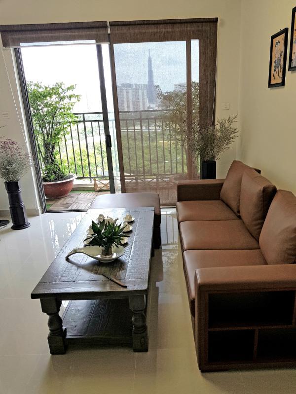 1c7e5a560be3ecbdb5f2 Bán căn hộ The Sun Avenue 3PN, block 3, đầy đủ nội thất, view hồ bơi và Landmark 81