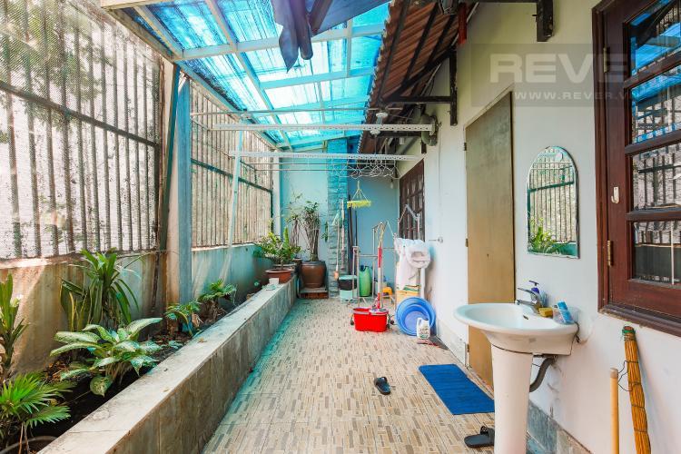 Sân vườn sau Biệt thự 5 phòng ngủ Khu C Khu villa Bình An Riverside Quận 2
