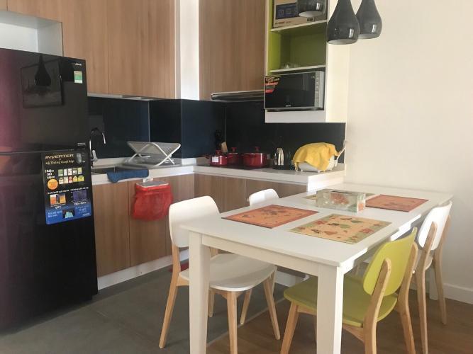 Nhà bếp Căn hộ Vinhomes Central Park thiết kế hiện đại cùng nội thất cơ bản.
