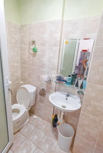 Phòng tắm Khang Gia Chánh Hưng, Quận 8 Căn hộ chung cư Khang Gia Chánh Hưng tầng 14 view thành phố tuyệt đẹp.