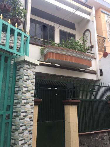 Bán nhà phố hẻm 2 tầng đường Tôn Thất Thuyết, quận 4, diện tích 30.7m2, sổ hồng pháp lý đầy đủ.