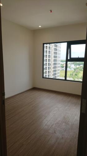 Phòng ngủ căn hộ Vinhomes Grand Park, Quận 9 Căn hộ Vinhomes Grand Park bàn giao nội thất cơ bản, view nội khu.