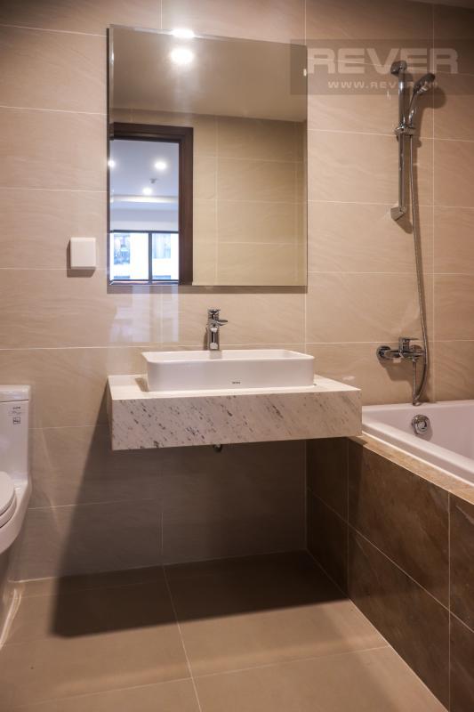 Phòng Tắm Cho thuê căn hộ Saigon Royal 2PN, tháp A, không có nội thất, view hồ bơi nội khu