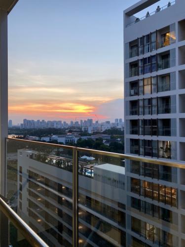 View Phú Mỹ Hưng Midtown Căn hộ Phú Mỹ Hưng Midtown đầy đủ nội thất, thiết kế gam màu xanh mát.