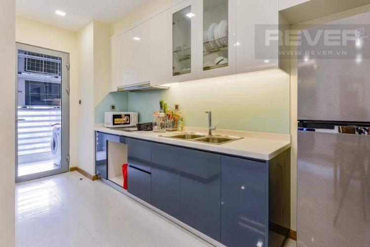Phòng ăn và bếp căn hộ VINHOMES CENTRAL PARK Bán hoặc cho thuê căn hộ Vinhomes Central Park 2PN, tầng 17, đầy đủ nội thất, view hồ bơi