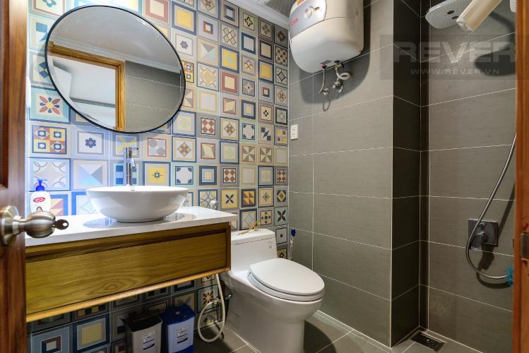 Phòng Tắm 1 Cho thuê căn hộ chung cư Phúc Thịnh diện tích 196m2 3PN 3WC, nội thất cao cấp, view thành phố