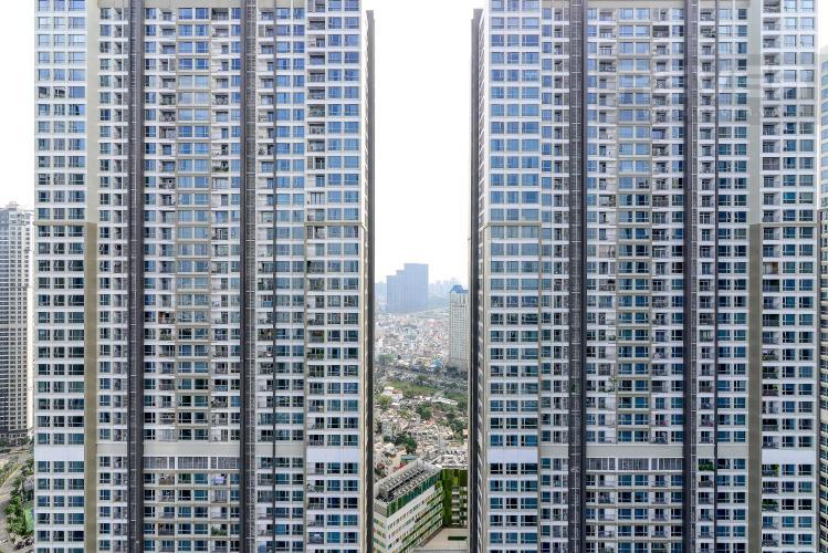 ac5dc7044f07a959f016 Cho thuê căn hộ Vinhomes Central Park 2PN, tháp Landmark 81, đầy đủ nội thất, hướng Đông Nam, view hồ bơi