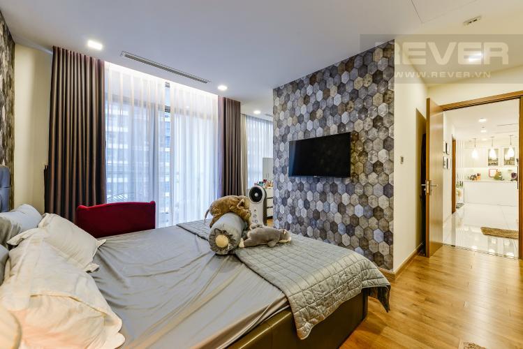 Phòng ngủ 1 Bán căn hộ Vinhomes Central Park tầng trung 3PN đầy đủ nội thất view sông