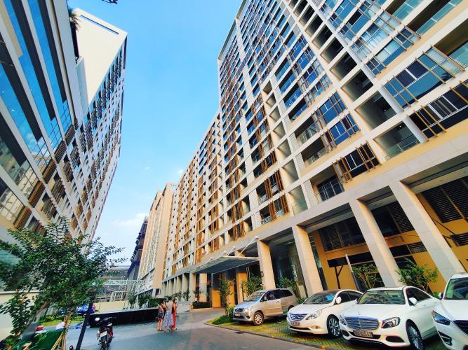 Mặt trước khu căn hộ PHÚ MỸ HƯNG MIDTOWN Bán căn hộ Phú Mỹ Hưng Midtown 2PN, tầng 17, diện tích 91m2, không có nội thất, ban công Đông Nam