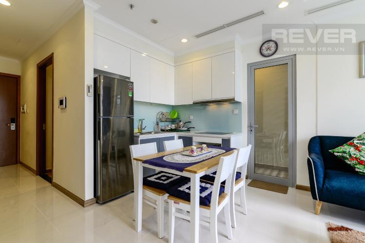 Phòng Ăn Cho thuê căn hộ Vinhomes Central Park tầng cao 2PN 2WC, đầy đủ nội thất tiện nghi