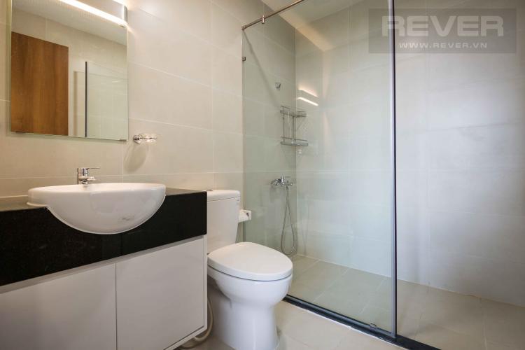 Toilet Cho thuê căn hộ Grand Riverside 3PN, đầy đủ nội thất, view sông thoáng mát