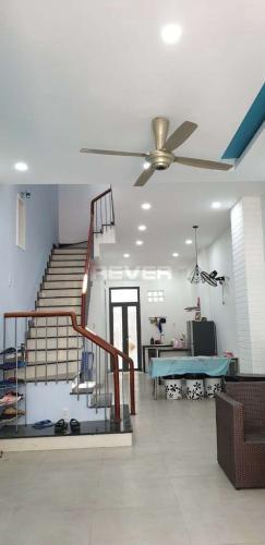 Nhà 1 trệt 3 lầu mới xây phường Cát Lái, quận 2