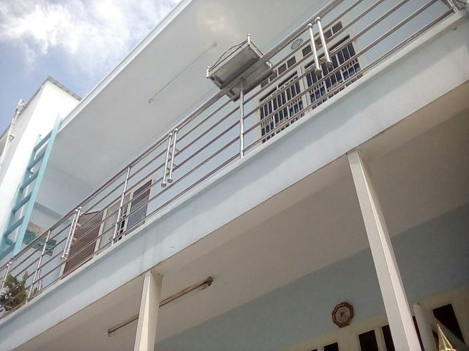 Nhà phố Phan Văn Trị, Gò Vấp Nhà phố Gò Vấp hướng Đông Nam, nội thất cơ bản, sổ hồng riêng.