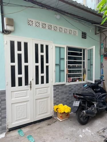 Nhà phố Tân Phú hướng Tây Bắc diện tích 27.2m2, khu dân cư an ninh.