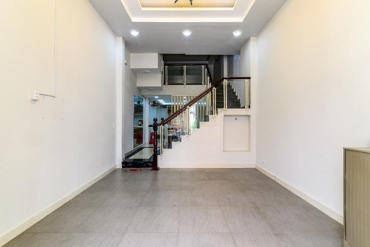 Cho thuê nhà phố 3 phòng ngủ, đường Chu Văn An, Quận Bình Thạnh
