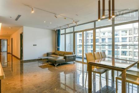 Cho thuê căn hộ Vinhomes Central Park 3PN, diện tích 187m2, nội thất cơ bản, view sông và nội khu