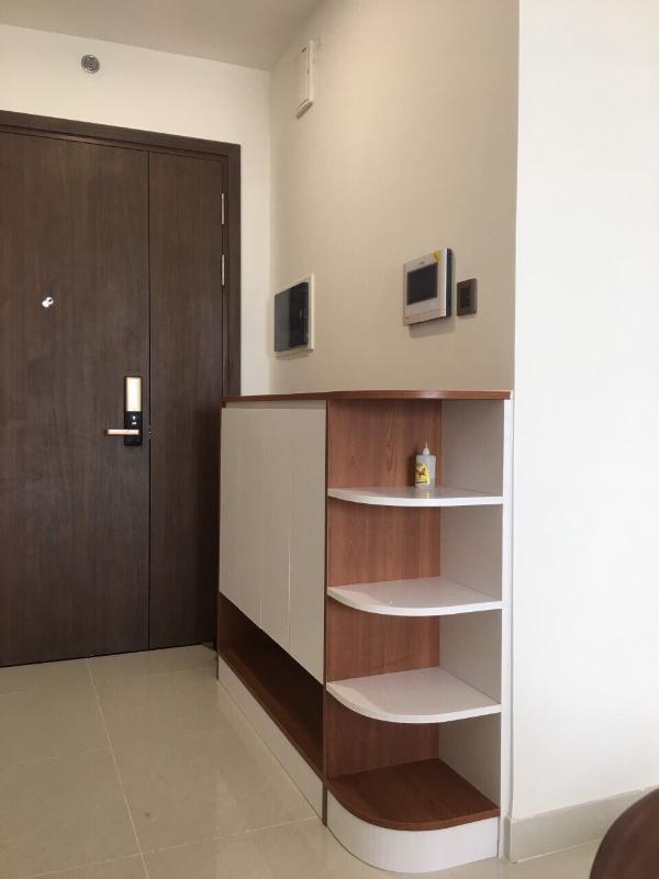 4 Cho thuê căn hộ Saigon Royal 2PN, diện tích 85m2, đầy đủ nội thất, ban công Đông Bắc