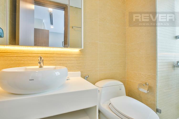 Phòng tắm 2 Căn hộ The Park Vinhomes Central Park tầng cao tháp P1 mát mẻ