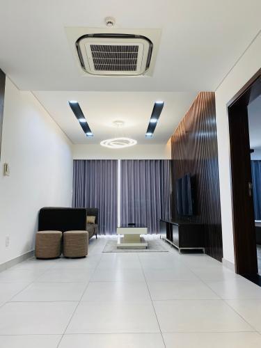 Phòng khách căn hộ Scenic Valley, Quận 7 Căn hộ Scenic Valley view tầng cao thoáng mát, đầy đủ tiện nghi.