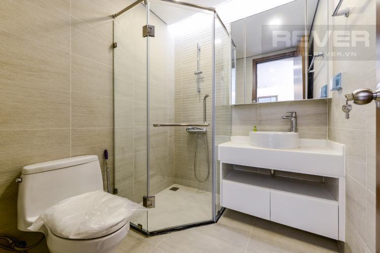 Phòng tắm 2 Căn hộ Vinhomes Central Park tầng cao, tháp Park 4, 2PN nội thất đầy đủ, view sông