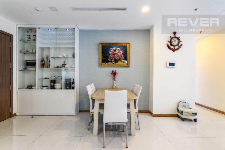Phòng Ăn Căn hộ Vinhomes Central Park 2 phòng ngủ tầng cao P6 đầy đủ tiện nghi
