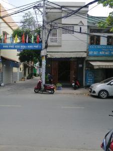 Bán nhà đường số 4, Bình Hưng Hòa A, Bình Tân, sổ hồng, căn góc 2 mặt tiền