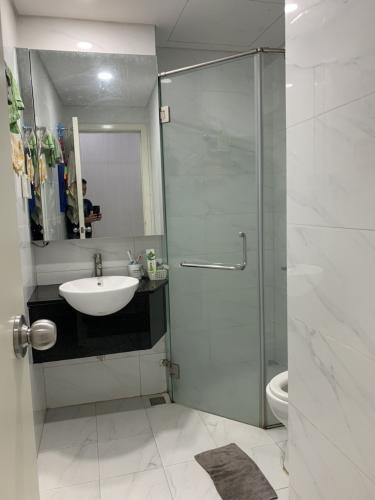 Toilet Lux City, Quận 7 Căn hộ Lux City tầng 19, 3 phòng ngủ, view thành phố lung linh.