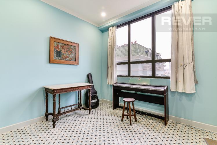 Phòng Khách Căn hộ Icon 56 tầng thấp, 2 phòng ngủ, full nội thất