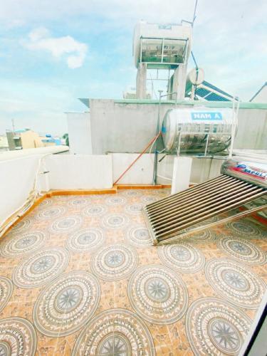 Sân thượng nhà phố Hiệp Bình Chánh, Thủ Đức Nhà phố mặt tiền hướng Nam diện tích 60m2, gần chợ Hiệp Bình.