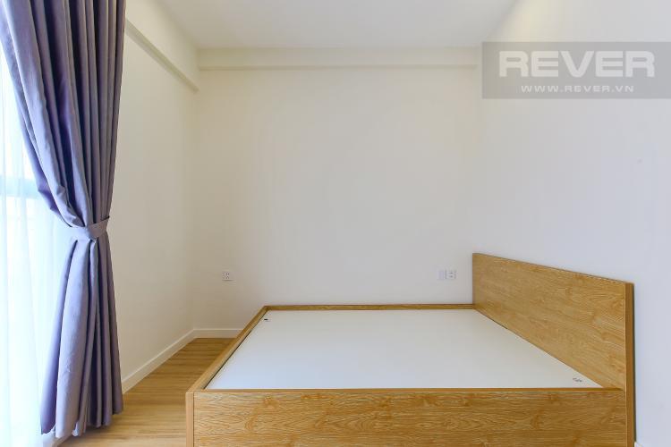 Phòng Ngủ 2 Cho thuê căn hộ Masteri Millennium tầng trung, có ban công, 2PN