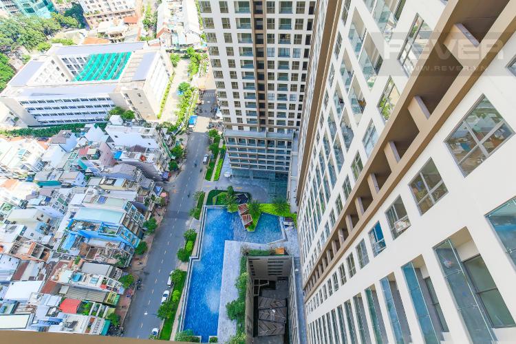 View Bán căn hộ Masteri Millennium tầng cao, 2PN, có ban công rộng rãi